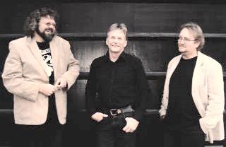 Trio Aqustica