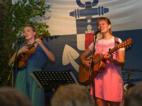Visur & Skvisur - Vigdis Haflidadottir och Ása Adalsteinsdottir